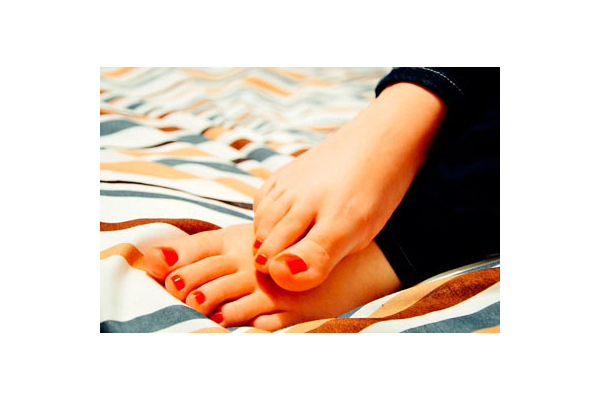 Трещины на пятках ног